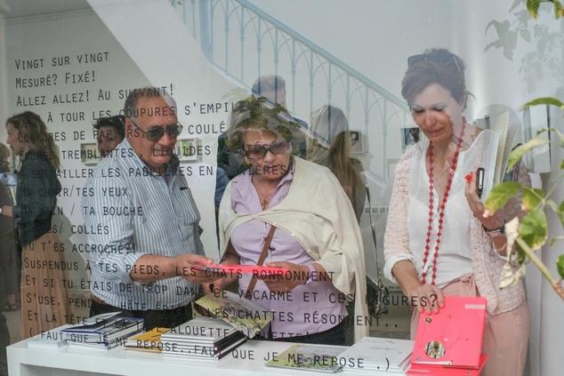 Jaou Tunis 2014, visit of Ammar Farhat Galery (Sidi Bou Said). Image courtesy of Kamel Lazaar Foundation.