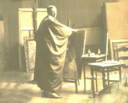 Photo ancienne du b. d'Erlanger dans son atelier, 1ère décennie du XXes.